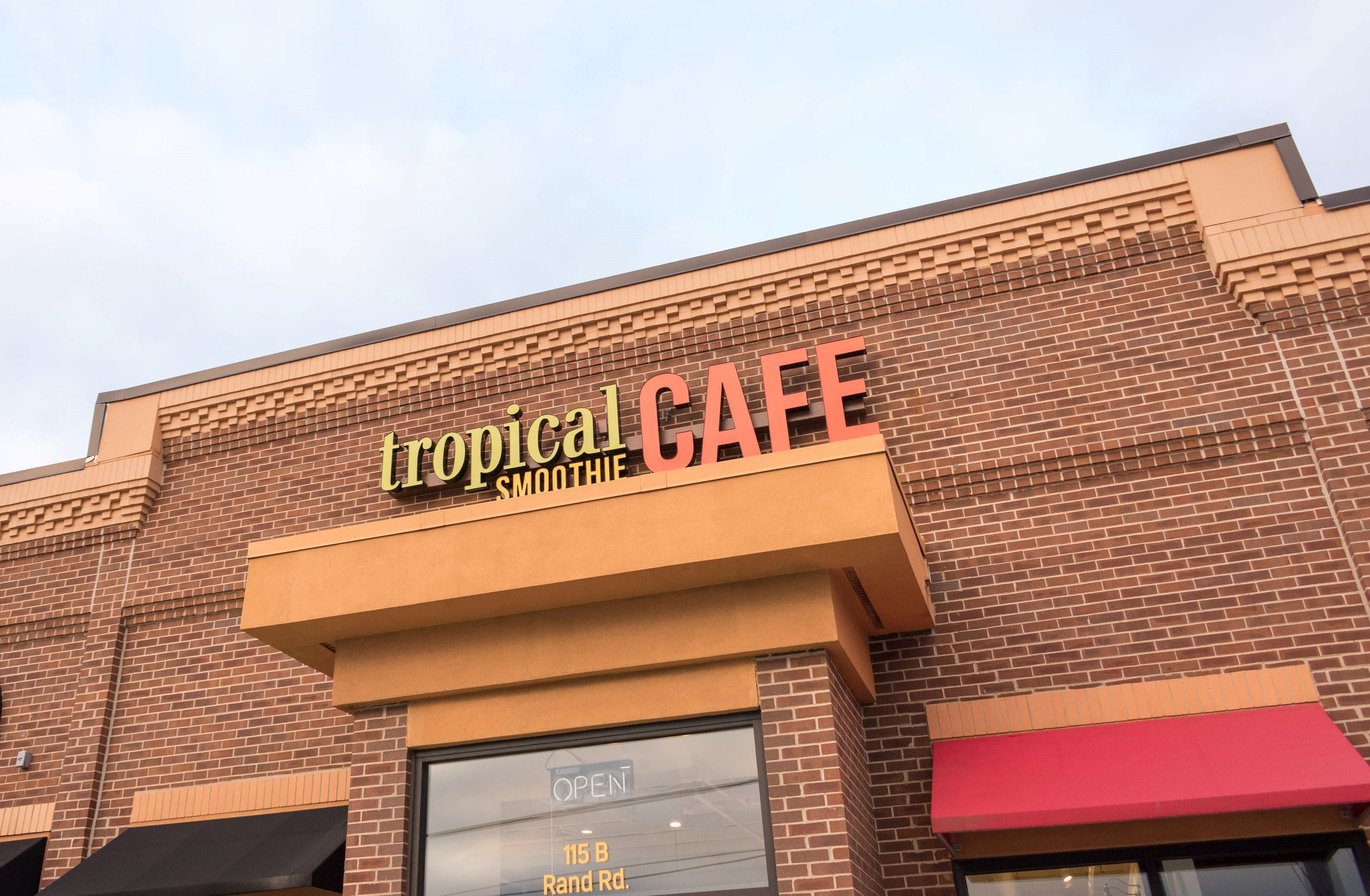 Tropical Smoothie Cafe® Reaches Milestone with Opening of its 900th Location