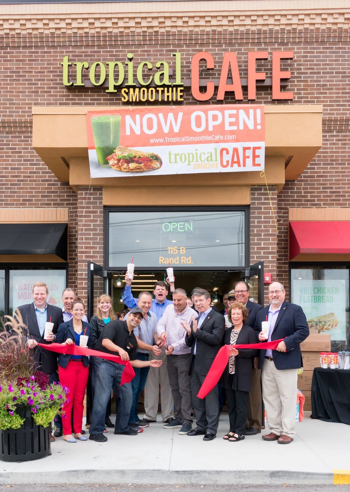 Tropical Smoothie Cafe 800th Grand opening ribbon cutting